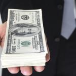 Chybí vám peníze na dárky, nový kotel nebo auto? Požádejte o půjčku přesně vám na míru.