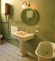 Udělejte ze staré koupelny novou bez velkých výdajů!