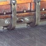 Jak se děrované plechy vyrábějí 3
