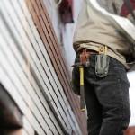 Plánujete postavit dřevostavbu svépomocí? Pozor na zbytečná rizika!